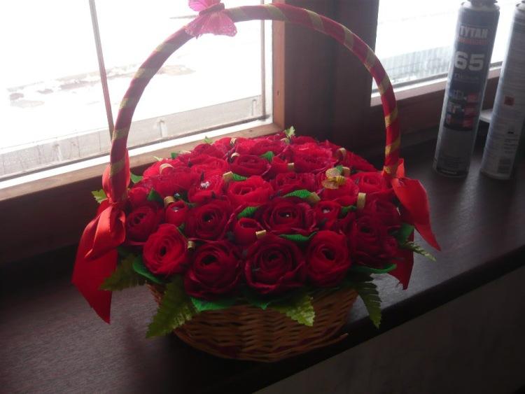 Как сделать корзины из роз
